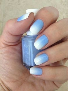Imagen de nails, blue, and white