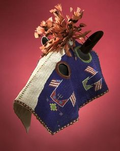 Plains horse mask with American flag motif Native American Horses, Native American Regalia, Native American Artifacts, Native American Beadwork, Native Beadwork, Indian Beadwork, Horse Mask, Indian Horses, Horse Costumes