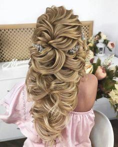 Bridal Fashion: Stunning Wedding Hairstyles - 2019 - hairstyleto - Home Bride Hairstyles, Cute Hairstyles, Fashion Hairstyles, Teenage Hairstyles, Hairstyles Videos, Medium Hair Styles, Curly Hair Styles, Elegant Wedding Hair, Prom Hair