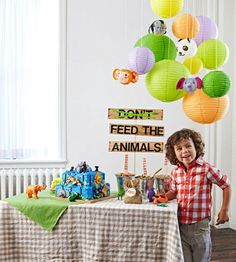 Decorate your house with lots of little animals to make this one wild party that your kids will go bananas for.