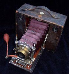 pretty vintage camera = love