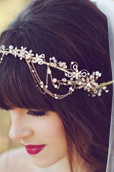 Twigs & Honey hair accessory, photo by Amy Nicole Photography http://ruffledblog.com/bohemian-luxe-winter-wedding #wedding #accessories #bridal