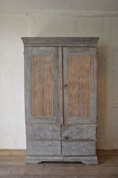 Antique Jamtland cabinet
