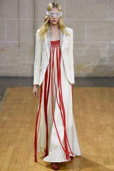 Veronique Branquinho Spring 2016 Ready-to-Wear Fashion Show