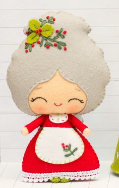 PDF Pattern. Mrs. Santa with a Christmas tree super cute kawaii chibi mrs. christmas felt mini doll or ornament , tree decoration everyone will adore