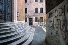G21-12_venice_street-scenes