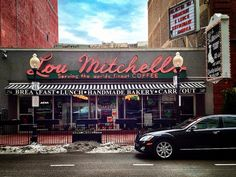 Lou Mitchells, Chicago - diner at the start of Route 66. Traditional, yummy food, near the Sears Towers if you're inclined to do some sight-seeing afterwards | Flickr - seanbirm #neonsigns #diners