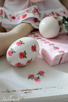 Napkin Decoupage Easter Eggs