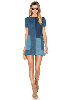 J Brand Luna Shift Dress en Rosemary Mix | REVOLVE