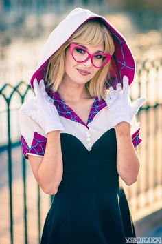 """""""Love yourself—accept yourself—forgive yourself—and be good to yourself, because without you the rest of us are without a source of many wonderful things."""" Spider Gwen #cosplay by Hendo Art and Photo by York in a Box"""