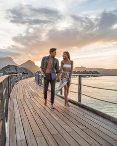 Summer Style & Love 💙 Love & Style 💙 Our First Impression of Bora Bora at The Four Seasons – Helen Owen Honeymoon Pictures, Vacation Pictures, Beach Pictures, Couple Pictures, Relationship Goals Pictures, Cute Relationships, Photos Amoureux, Helen Owen, Maldives Honeymoon