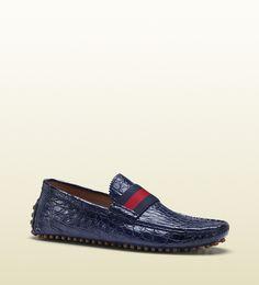 Gucci blue crocodile pebble bottom driver #gucci #shoes