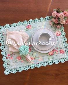 Crochet Lace Edging, Diy Crochet, Crochet Doilies, Crochet Flowers, Diy Craft Projects, Fun Crafts, Diy And Crafts, Sewing Projects, Button Hole Stitch