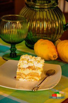 TIRAMISÚ DE LIMÓN (CON THERMOMIX Y TRADICIONAL) - Cocina con Ana Delicious Desserts, Dessert Recipes, Healthy Deserts, Fondant, Lemon, Food And Drink, Favorite Recipes, Sweets, Cheese