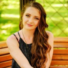Oksana a crée son profil sur le site de l'agence International UkReine parce qu'elle veut trouver son âme soeur et fonder la famille. Elle est responsable, honnête et discrete.  Pour plus d'information contactez son profil http://www.ukreine.com/girls/1383/  #rencontre #mariage #bellefemme #ukrainienne #kharkov #agenceUkReine