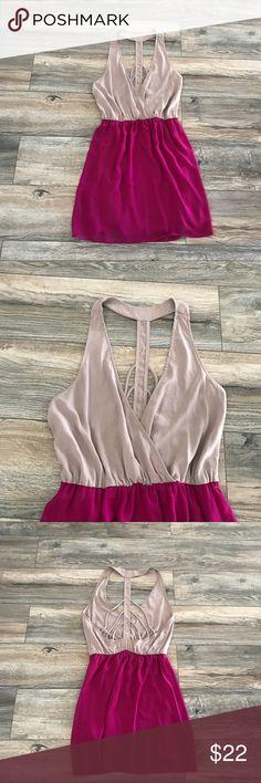 Lulu's V-neckline midi dress Gently used, Lulu's V-neckline midi dress. Every stylish girl's must-have. Open backSkinny straps at back. Lulu's Dresses Midi