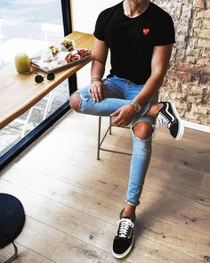 """6a1d1f79930 Via  gentwithclassicstyle Follow  mensfashion guide for more! By   streetandgentle  mensfashion guide  mensguides"""". Clássicos VansTeen ..."""