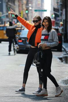 Bella Hadid and Gigi Hadid | @nickibryson