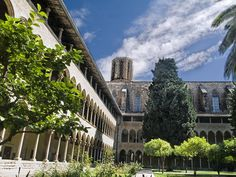 Monestario de Santa Maria de Pedralbes - There are some places did not know about, this is one you should not miss anymore #monestario #pedralbes #visit #barcelona #amazing