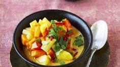 Wunderbar bunter und exotischer Eintopf: Paprika-Süßkartoffel-Eintopf nach indischer Art   http://eatsmarter.de/rezepte/paprika-suesskartoffel-eintopf-nach-indischer-art
