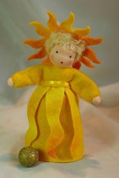 Sommer - Sonne - Jahreszeitentisch - ein Designerstück von Katjas-Puppenstuebchen bei DaWanda