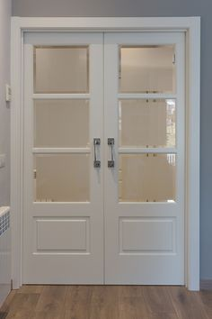 study/office doors,frosted panel but not completely and lower portion is solid. House Gate Design, Door Design, Narrow French Doors, Bedroom Closet Doors, Double Doors Interior, Home Design Living Room, Indoor Doors, Aluminium Doors, Living Room Windows