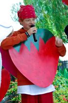 "The Strawberry Costume Contest is the cutest contest of the Strawberry Festival every year.  There is no cost to participate.  All participants get prizes. Creativity is encouraged! Come show the ""beauty of the 'berry!"" Join us at 2:00 p.m. at the Main Stage (1st National Bank Parking Lot). We will have 5 different age categories that will compete.  Winners get fun prize-filled baskets"