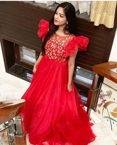 Kalamkari Dresses, Ikkat Dresses, Long Gown Dress, Lehnga Dress, Fancy Dress Design, Frock Design, Indian Gowns Dresses, Indian Fashion Dresses, Designer Anarkali Dresses