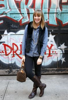 chambray shirt + black vest + black leggings + boots = casual fall outfit