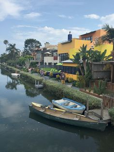 Venice Canal Historic District in Los Angeles- a picturesque place to visit.
