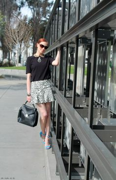 Peter Pan collars and skater skirts are two of my favorite styles Peter Pan Collars, Fashion 101, Mixing Prints, Ballet Skirt, Skater Skirts, Vintage, Easy, Black White, Style