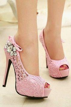 Foto Heels #blushpink #highheels #gems