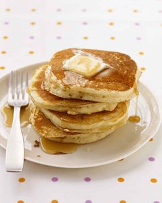 """Easy Basic Pancakes: nothing says """"weekend"""" like homemade pancakes for breakfast. Our easy pancake recipe will help you whip up this weekend favorite in less than 30 minutes. You'll wonder why you never tried this before! Martha Stewart Pancakes, Martha Stewart Recipes, Easy Pancake Recipe Martha Stewart, How To Make Pancakes, Pancakes Easy, Fluffy Pancakes, Buttermilk Pancakes, Fluffiest Pancakes, Gastronomia"""