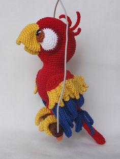 Chili the Parrot Amigurumi Crochet Pattern van IlDikko op Etsy