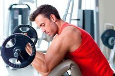 Confira dicas para ganhar e dar forma aos músculos rapidamente - http://riodesaude.blogspot.com.br/2016/12/confira-dicas-para-ganhar-e-dar-forma.html #musculação #RiodeSaúde