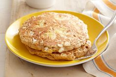 Move over, boring pancakes. With cinnamon, nutmeg and fresh banana slices, these Fresh Banana Pancakes are the new game in town.