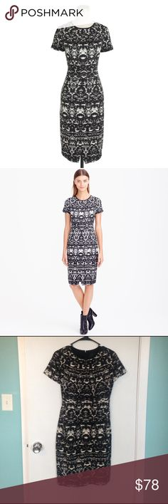 """J. Crew blurred ikat dress Beautiful blurred print with a fitted waist kind of fit. This is elegant for the office or after work. Size 4 length shoulder to hem 32"""" waist 28"""" J. Crew Dresses Midi"""