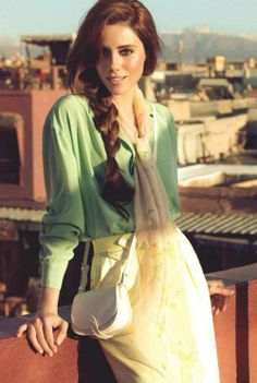 Cansu Dere in Morocco for Elle Magazine Photoshoot Long Hair Models, Turkish Beauty, Poses, Turkish Actors, Beautiful Celebrities, Dark Hair, Beauty Women, Boho Fashion, Fashion Trends