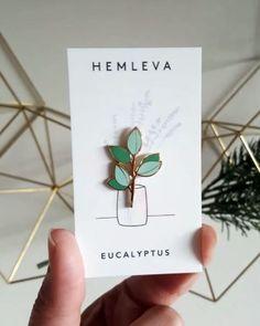 Extra Pin Backs — Hemleva