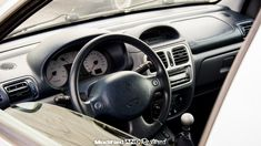 Renault Clio RS 172 dashboard