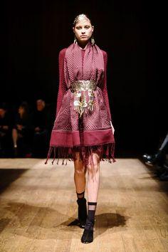 outfit score: 4.5 || Josie Natori