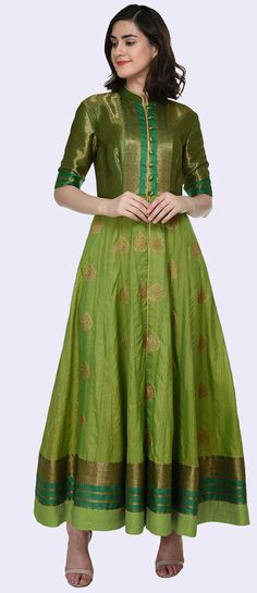 Green Resham & Zari Handwoven Pure Tussar Silk Kalidaar Peshwaz Suit Good pattern to turn a sari into a kurta Kurta Designs Women, Kurti Neck Designs, Kurti Designs Party Wear, Salwar Designs, Dress Designs, Chudidhar Designs, Saree Gown, Sari Dress, Anarkali Dress Pattern