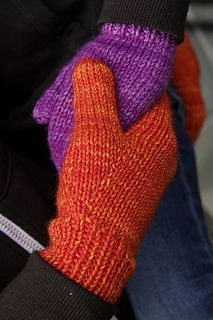 Ravelry: The World's Simplest Mittens pattern by tincanknits
