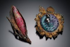 Kelly Russell, mystic looking jewelry, I wonder which tecnics are use...