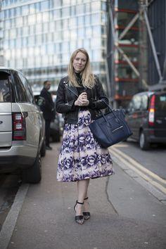 Ines outside Tate Modern