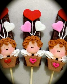 bombon con chocolate y angeles de amor!