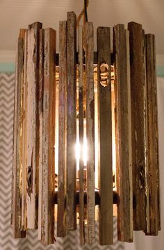 DIY light fixture - might do this for the entryway in country house Visit & Like our Facebook page! https://www.facebook.com/pages/Rustic-Farmhouse-Decor/636679889706127