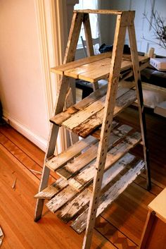 Display Rustic Ladder Shelf! might do this when we redo the bathroom:)