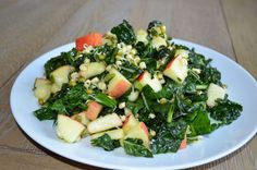 Sprouted moong beans, kale & apple salad