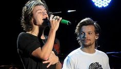 One Direction Fans Make Larry Stylinson One Of Most-Shipped Couples Larry Stylinson, X Factor, Larry Shippers, Louis And Harry, One Direction Pictures, 1d And 5sos, Edward Styles, Liam Payne, Niall Horan